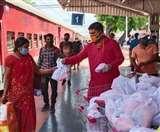 Lockdown : यूपी में भाजपा कार्यकर्ताओं ने पौने पांच करोड़ जरूरतमंदों को बंटे नमो टिफिन व नमाे किट