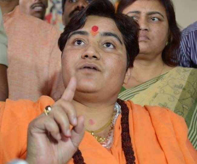 भाजपा सांसद साध्वी प्रज्ञा का कांग्रेस पर हमला।(फोटो: दैनिक जागरण)