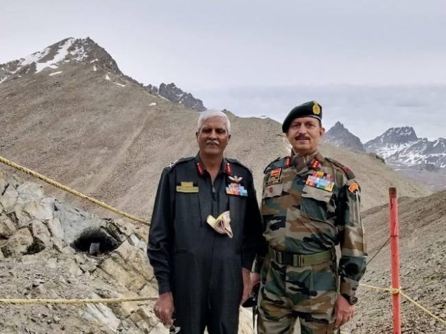 kargil Diwas: Lieutenant Genral landing on tuloling after 20