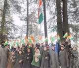 Kashmir Situation: कश्मीर घाटी में लहराते तिरंगों ने दिया बदलते कश्मीर का संदेश