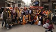श्री राधा कृष्ण मंदिर से निकाली शोभायात्रा