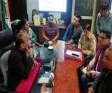 MC Workers Strike: पार्षद बंटी नीलकंठ और यूनियन नेता चंदन ग्रेवाल उलझे, मेयर ने की बैठक