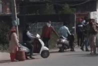 पठानकोट में गैस किल्लत, सुजानपुर में सब्जी महंगी, दुनेरा में दवा स्टॉक खत्म