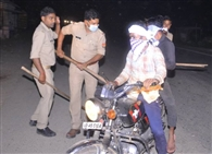 सड़कों पर पसरा सन्नाटा, लॉकडाउन उल्लंघन में 57 गिरफ्तार