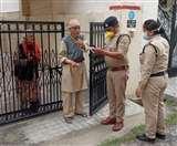Uttarakhand Lockdown Update Day 4: अब कोई भी नहीं रहेगा भूखा, डीएम को फूड पैकेट बांटने के आदेश