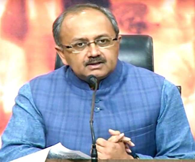 Coronavirus UP government spokesperson Siddharth Nath Singh said Priyanka  Vadra and Akhilesh Yadav are doing negative politics in difficult times