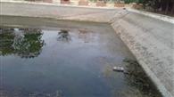 जलघर के वाटर टैंक खाली होने के कारण दो गांवों के लोग पानी को तरसे