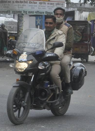 यातायात नियमों के उल्लंघन से होते अधिक हादसे