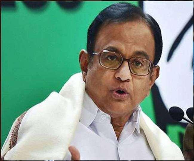मनमोहन की अध्यक्षता वाली आर्थिक मामलों की समिति में चिदंबरम ने रखी बजट पर कांग्रेस की विश लिस्ट