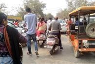 हादसों से राहगीरों को बचाने के लिए एमपी संघ की पहल, ट्रैफिक विग से मांगे सुझाव