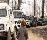 Hideout Busted: शोपियां के गांव बुनिगाम में तलाशी के दौरान रिहायशी मकान से गोला-बारूद बरामद