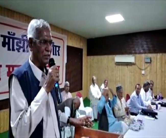 अधिवेशन में बोलते सीपीआइ के महासचिव डी राजा। जागरण