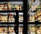 मध्य प्रदेश सरकार का 14 अप्रैल तक शराब की दुकानें बंद करने का आदेश, शराबी ने की आत्महत्या