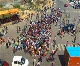 Coronavirus Lockdown Day 4: UP-Bihar संग झारखंड के लोगों का भी पलायन तेज, पैदल ही शुरू किया सैकड़ों किमी का सफर