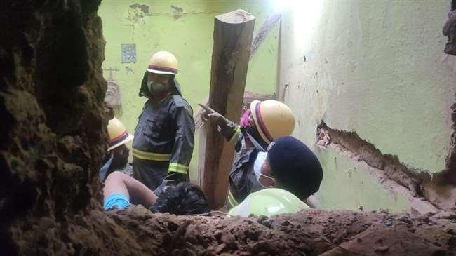 मिर्जापुर हादसे में पांच लोगों की मौत हो गई।