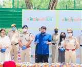 भाजपा और दिल्ली पुलिस का मिशन अनिवार्य, 1 करोड़ महिलाओं को सेनेटरी नैपकिन पहुंचाने का लक्ष्य