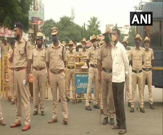 कर्नाटक में आज कृषि बिल के विरोध में किसानों का बंद का एलान (ANI)