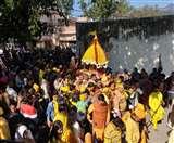 Basant Panchami 2020: उत्तराखंड में श्रद्धापूर्वक मनाया जा रहा बसंत पंचमी का पर्व, जानिए क्या है मान्यता
