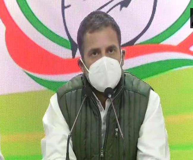 किसानों के प्रदर्शन के बीच प्रेस कॉन्फ्रेंस करते हुए राहुल गांधी