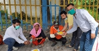 काशीपुर में एसडीएम ने जरूरतमंदों को भेजी मदद