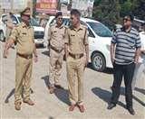 Coronavirus Lockdown Day 5 : सेवाभाव की मिशाल पेश कर रहे यूपी के यह दो अधिकारी Gorakhpur News