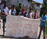 Patna Lockdown Day 7 शहरियों पर भारी ग्रामीणों की होशियारी, बैरिकेडिंग लगा आवाजाही की बंद
