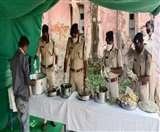 Positive India : ऊपर से सख्त, अंदर से उदार; भरपेट खाकर पुलिस को कह रहे थैंक्स यू Jamshedpur New