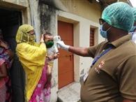 सुकूडीह गांव में बीडीओ, सीओ, पुलिस अधिकारी व स्वास्थ्य विभाग की टीम तैनात