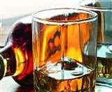 अवैध शराब का कारोबार करने पर पांच लोग गिरफ्तार, दो हो गए फरार