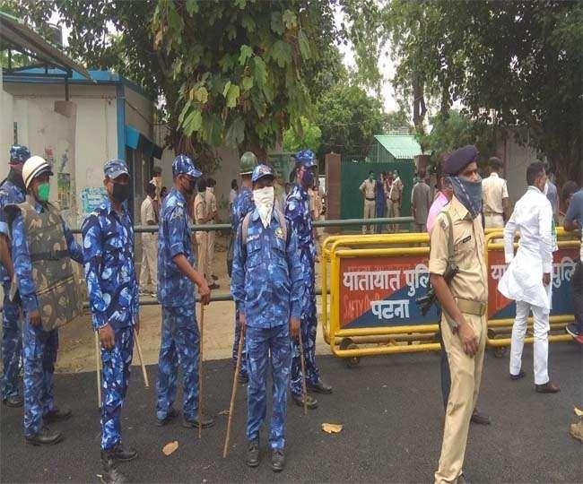 RJD Gopalganj March LIVE: नीतीश सरकार व RJD में आरपार, रोक के बावजूद निकले तेजस्वी, गिरफ्तारी संभव