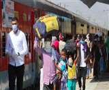 भूखे मजदूरों ने ट्रेन से उतर कर फल मंडी में लूटे फल, जम्मू और गुजरात से लौटी श्रमिक स्पेशल ट्रेन में थे सवार