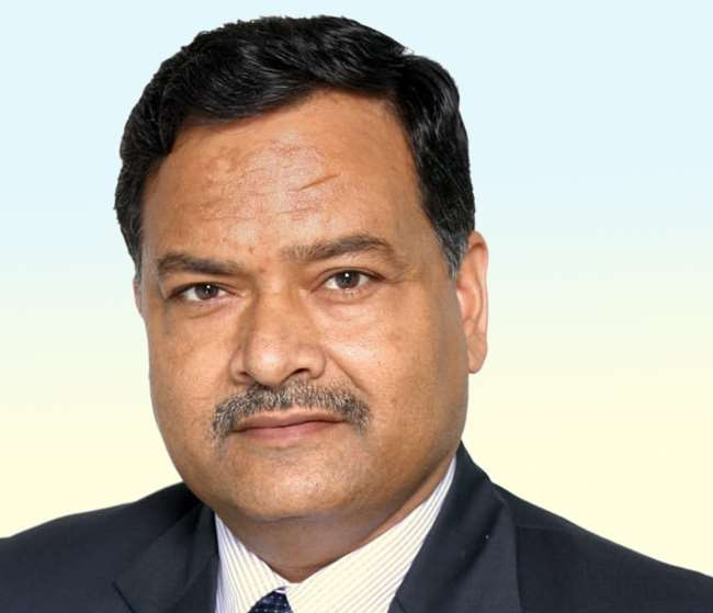एल. के. पांडेय इंडियन इंडस्ट्रीज एसोसिएशन (आईआईए) के चेयरमैन हैं।