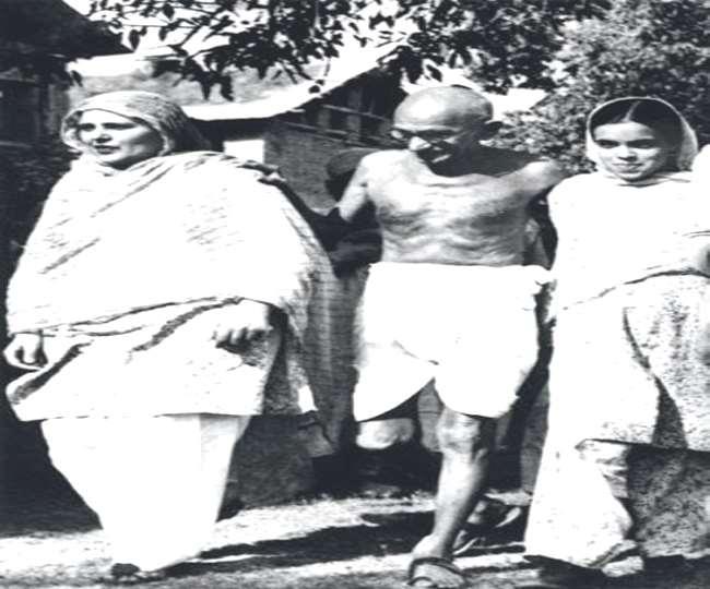 जम्वाल ने बताया कि वे एक किताब लिख रहे हैं, इसमें गांधी जी की यात्रा का पूर्ण विवरण होगा।