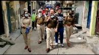 पुलिस ने फ्लैग मार्च निकाल जनता को किया जागरूक