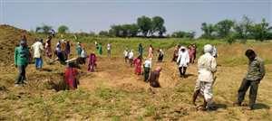 जल संचयन के साथ 10 हजार मजदूरों को मनरेगा से काम