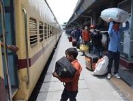 श्रमिक स्पेशल ट्रेन 710 यात्रियों को लेकर बर्द्धमान रवाना