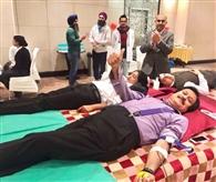 बहन की मौत के बाद राजीव कक्कड़ ने रक्तदान को ही बना लिया जीवन का ध्येय