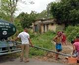 Cyclonic storm: एम्फन चक्रवात के बाद सीमावर्ती क्षेत्र के लोगों की मदद में लगातार जुटी है BSF