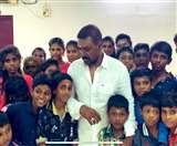 Laxmmi Bomb के डायरेक्टर के अनाथालय में 18 बच्चों को कोरोना वायरस, 3 स्टाफ मेंबर भी चपेट में