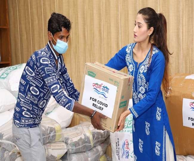 स्पर्श गंगा टीम ने उत्तराखंड में बेड, इलाज और अन्य सुविधाओं के लिए हेल्पलाइन नंबर भी शुरू किया है।