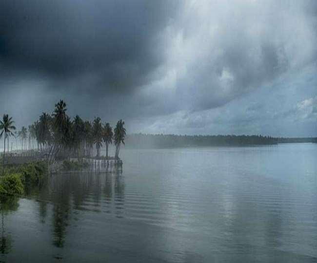 मौसम विभाग के मुताबिक 31 मई को मानसून केरल में दस्तक देगा (फाइल फोटो)