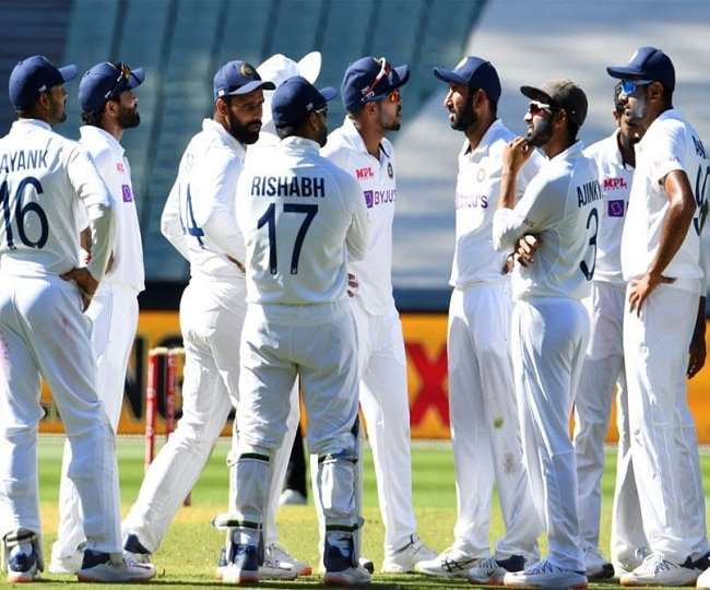 भारतीय टेस्ट टीम के खिलाड़ी एक साथ (एपी फोटो)