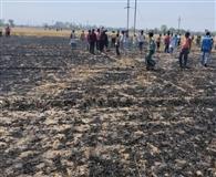 अग्निकाण्ड में झुलसे किसान की मौत, आधा दर्जन झोपड़यिां राख