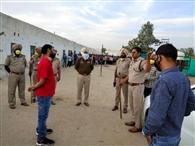 मजदूरों को रिफाइनरी के अंदर मिलेगा पांच रुपये में भरपेट भोजन