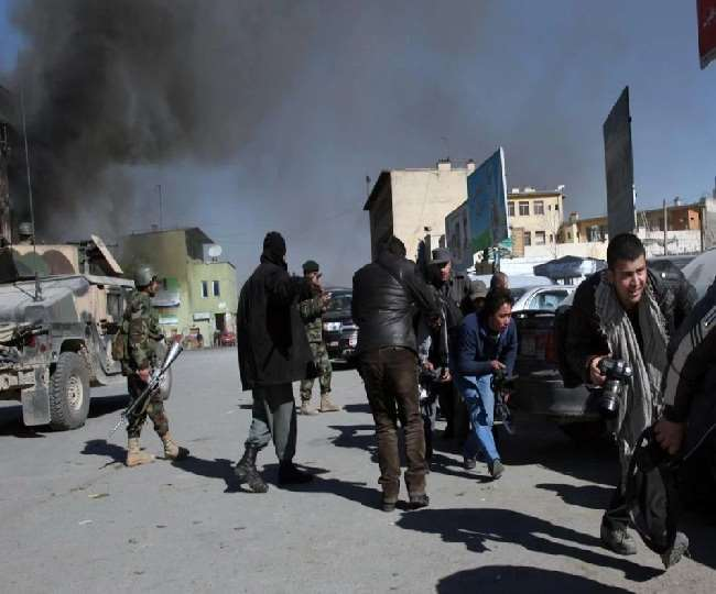 अफगानिस्तान में यूनिवर्सिटी की बस में विस्फोट