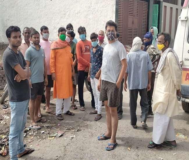 नहीं थम रहा सिलसिला, धनीपुर में दो लोगों की मौत, पांच गंभीर Aligarh News