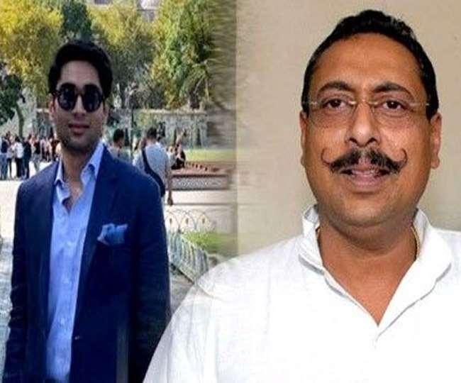 भरतपुर के राजपरिवार के पूर्व सदस्य व कांग्रेस विधायक विश्वेंद्र सिंह और उनके पुत्र अनिरुद्ध के बीच तकरार। फाइल फोटो
