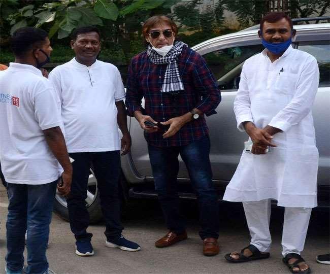 Bihar Assembly Election: बिहार के नेता ही नहीं, अभिनेता भी लगा रहे लालू दरबार में हाजिरी