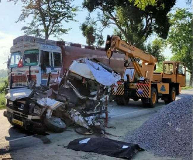 Road accident : बिहार के चार मजदूरों सहित पांच की यूपी के बहराइच में सड़क हादसा में मौत