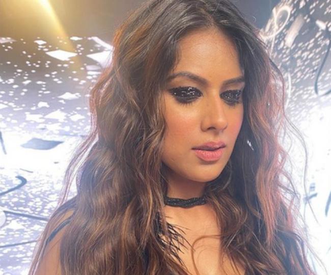 निया शर्मा की ग्लैमरस तस्वीरें
